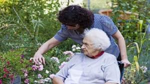 دراسة: تقديم المساعدة للأقارب تعود علينا بالنفع في المستقبل