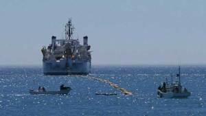 كابل بحري خارق لنقل البيانات بين أمريكا واليابان