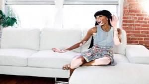 كندية مصابة بمرض البهاق تغير معايير جمال عارضات الأزياء