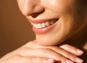 ابتسامة الليزر . . تقنية حديثة لتبييض الأسنان