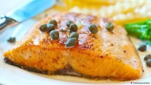 دراسة: أسماك تقي من الإصابة بسرطان الأمعاء