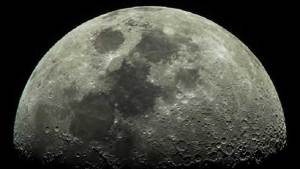دراسة فكرة السفر إلى القمر تكلف روسيا نصف مليار