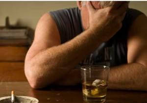 من المعرضون لإدمان الكحول أكثر من غيرهم؟