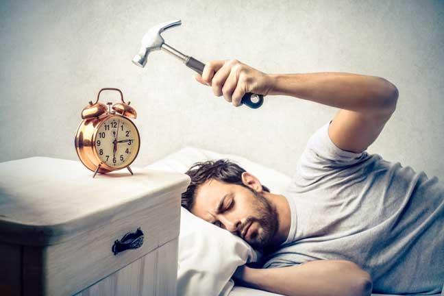 الاستيقاظ المبكر يؤدي إلى اضطرابات نفسية