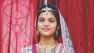 والدا طفلة هندية يجبرانها على الصوم 64 يوما حتى الموت