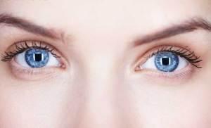 ما هي المشاكل الصحية التي تكشفها العين؟