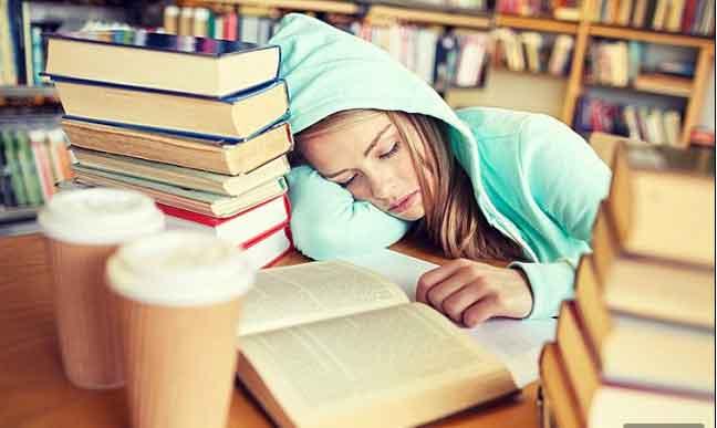 الحرمان من النوم يغير الطباع