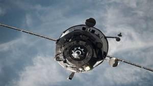 اختراع روسي يحمي الأقمار الصناعية من النفايات الفضائية