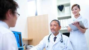 عشرة مشاكل في الجهاز البولي وأجوبة الأخصائيين حولها