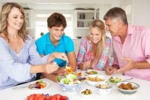 دراسة تؤكد وجود علاقة بين النظام الغذائى للام وذريتها