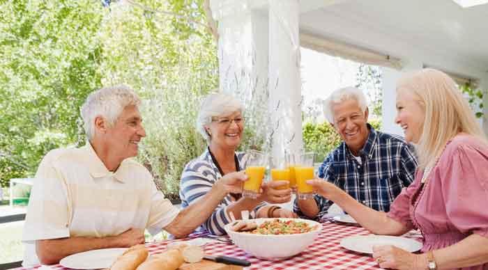 التغذية السليمة تحافظ على صحة المسنين