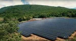أول جزيرة تعتمد الطاقة الشمسية بالكامل