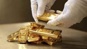 يملك طنا من الذهب وأهله لا يستطيعون تسديد تكاليف دفنه