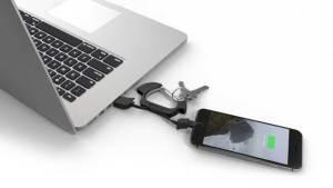 هذه مخاطر شحن هواتفكم عبر الكمبيوتر