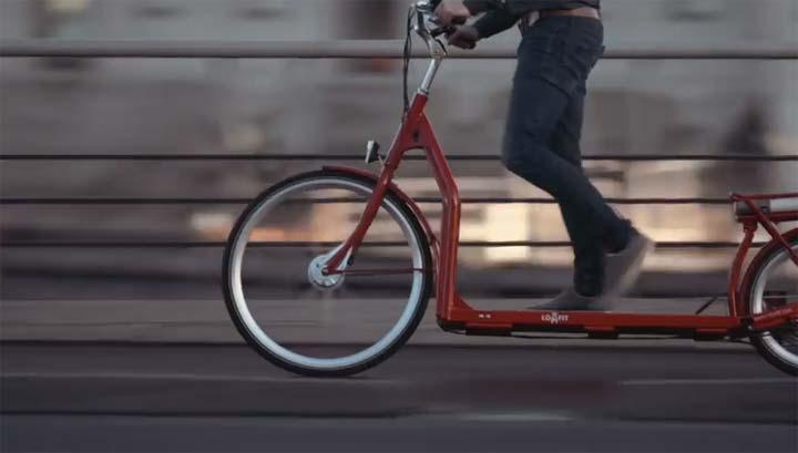 ابتكار دراجة كهربائية تتحرك بالمشي