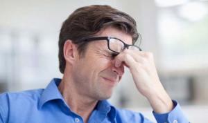 """نقص الفيتامين """"د"""" يرتبط بالصداع خاصة عند الرجال"""