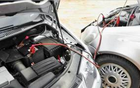 نصائح خاصة عند توصيل البطارية في حيز المحرك بالسيارات الحديثة