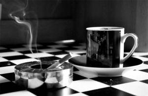 علاقة القهوة والسجائر