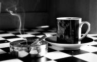 العلماء يكشفون الرابط بين القهوة والتدخين