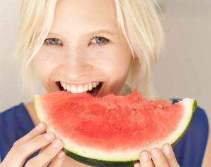 أهم فوائد البطيخ؟