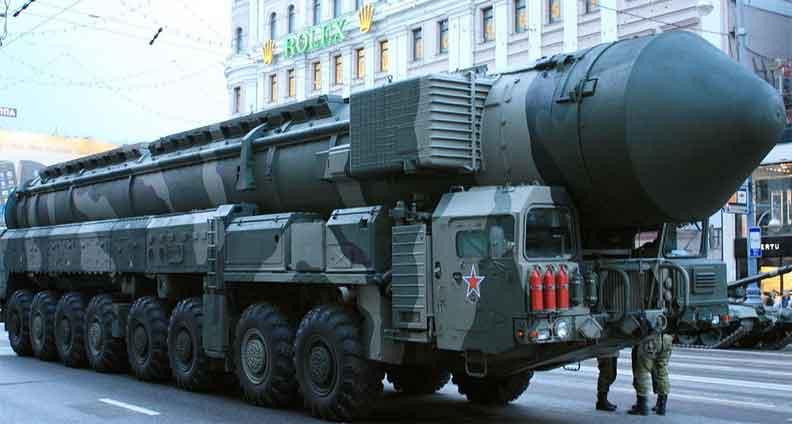 """أمريكا بحاجة إلى 500 صاروخ لإسقاط """"سارمات"""" الروسي"""