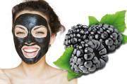 التوت البري Black berry يحمي بشرتك الدهنية