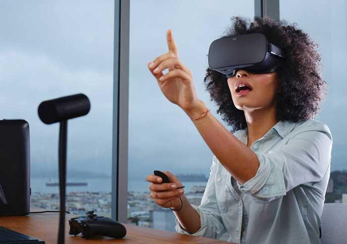 أشهر خوذ الواقع الافتراضي لعام 2018