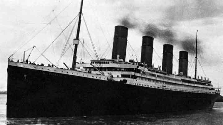"""الكشف عما """"ساهم"""" في غرق تايتانيك وحدوث الكارثة التاريخية"""