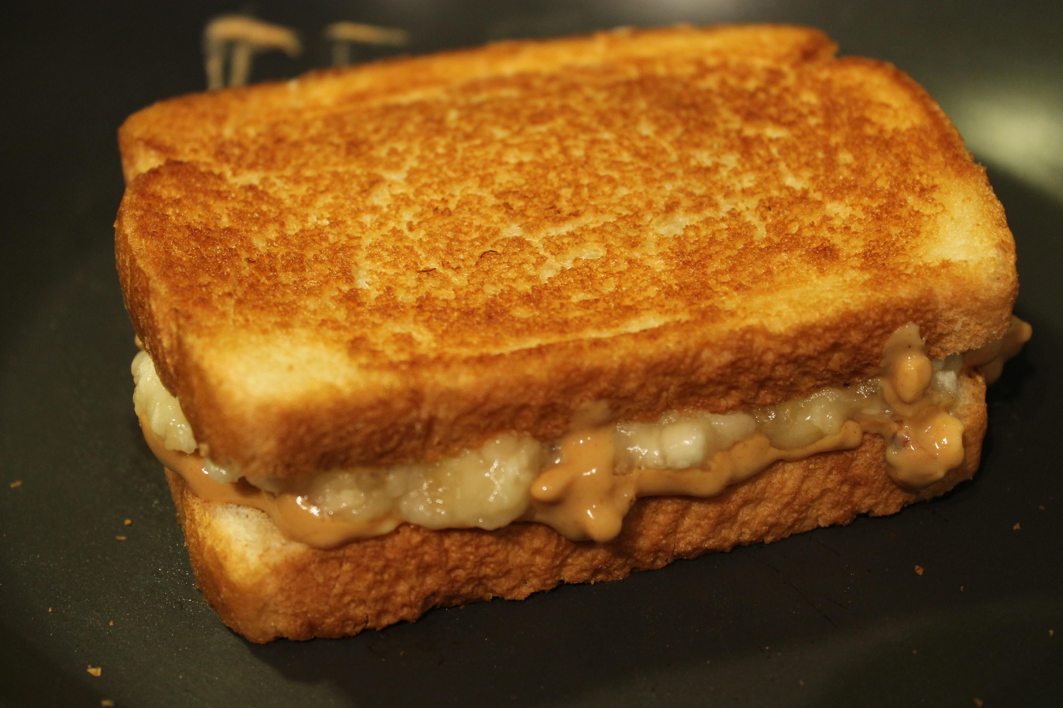 Elvis Presley S Peanut Butter Banana Sandwich Tartqueen S Kitchen