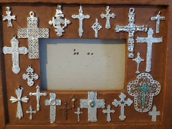 cross picture fram