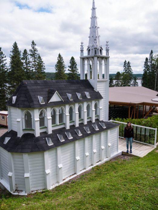 l'Eglise toute petite :)