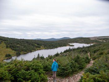 Lac à René dans le parc naturel de Gaspésie sur la montée du Mont Jacques Cartier