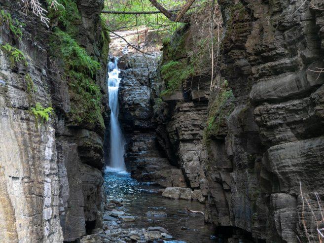 La fameuse cascade de la randonnée
