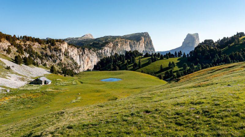 Hauts plateaux du Vercors : Pas de l'Aiguille et Pas de la Selle