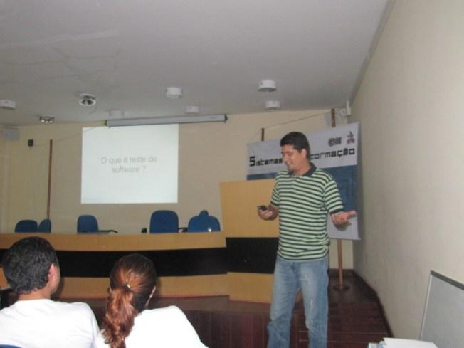 Vitor Castro finalizando os trabalhos