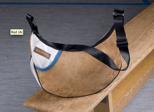 Zirkeltraining by Bernd Dörr - Lovely recycled and 100% unique bags from Germany (1/5)