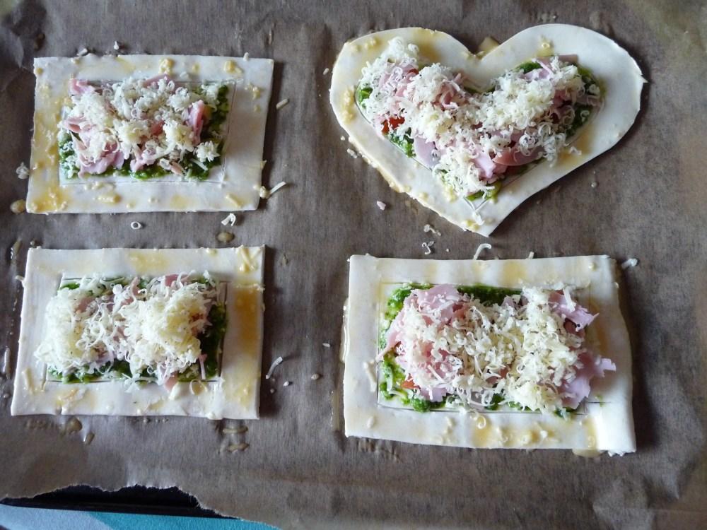 Puff Pesto Pizzas (6/6)