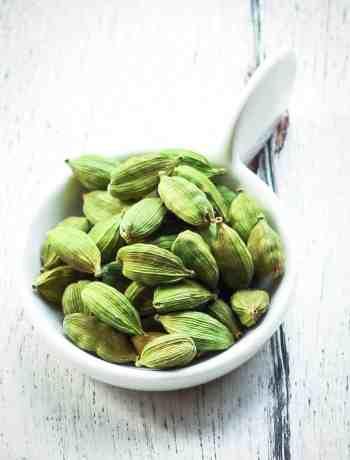 Cardamom / Elaichi Spice Healthy benefits