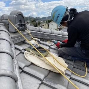 屋根瓦の漆喰工事