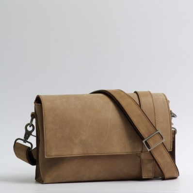 https://taskulitelegan.wordpress.com/casual-bag/cb04-2/