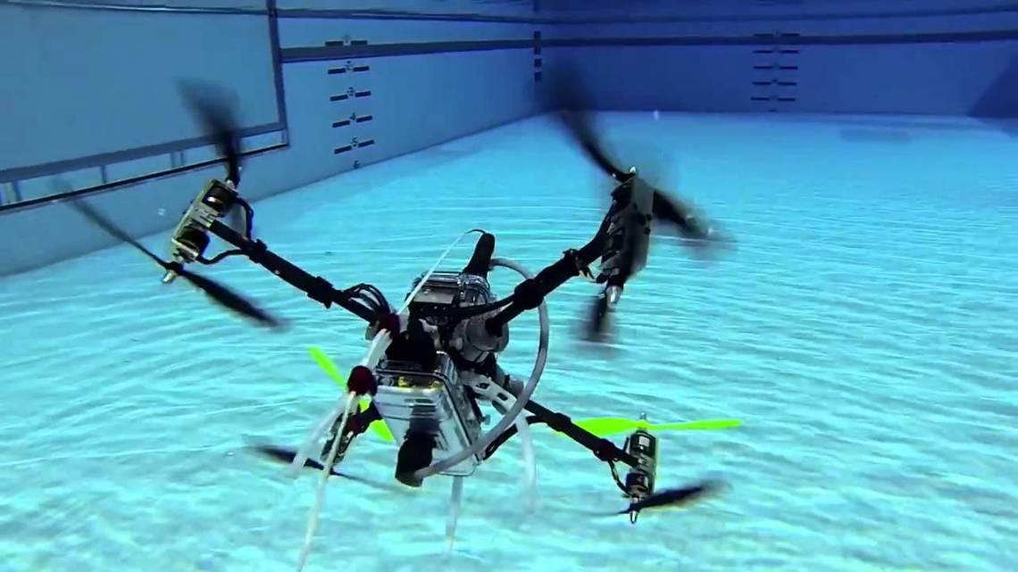 Après les airs, les drones plongent dans les eaux et la mer
