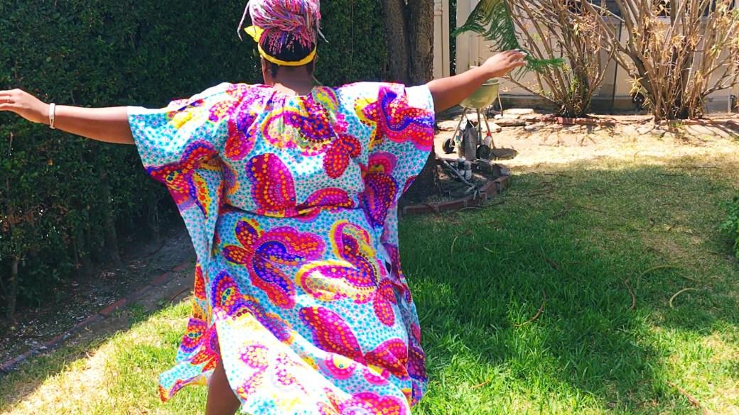 Amina vintage caftan twirl 70's whurl
