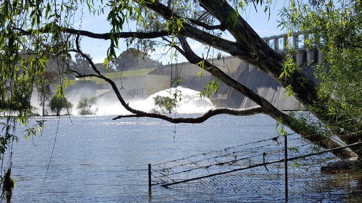 hume-dam-outlet