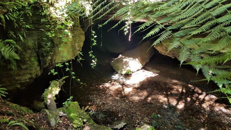 wet-caves-enterance