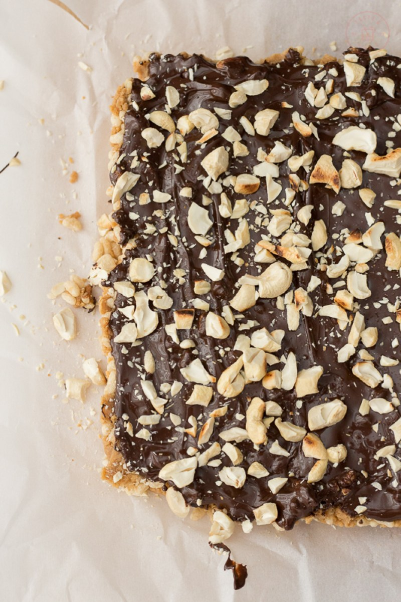 Chocolate Cashew Protein Bars | Taste and TIpple