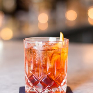 Best Happy Hours Downtown Ottawa | Taste and Tipple