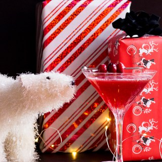 Raspberry Gin Cosmo | Taste and Tipple