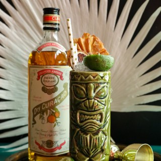 Maneater Tiki Cocktail | Taste and Tipple