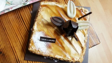 Cafe Flower Cake from Tous les Jours