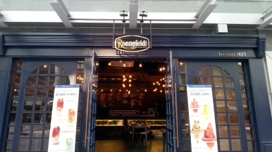 Ronnefeldt Tee Haus' Exterior